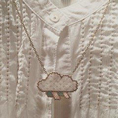 Colgante nube (Nata R.) Tags: cloud square squareformat peyote miyuki nuage nube reyes delicas sticht iphoneography instagramapp