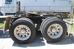 2008 Freightliner Cascadia Semi Truck Inspection - Forrest City, AR 019 (TDTSTL) Tags: truck inspection semi 2008 semitruck cascadia freightliner forrestcityar