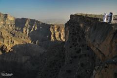Grand Canyon d'Arabia (Fabio Bianchi 83) Tags: travel asia canyon arabia gorge geology oman viaggio geologia viaggiare wadighul jebelshams arabicpeninsula grandcanyonofarabia penisolaarabica grancanyondarabia