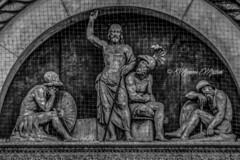 BOLOGNA - resurezione di Cristo in San Petronio (massimo mazzoni 78) Tags: bw bologna bmw cristo sanpetronio lunetta