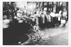 IMG_1070 (Bruno Meyer Photography) Tags: leica travel friends people blackandwhite bw blur streets photography freedom scotland edinburgh downtown walk crowd streetphotography unfocused speech leicacamera visitscotland leicaimages leicadlux5 scotspirit