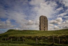 On the Green. (Tony Brierton) Tags: bridge castle coast westcoast lahinch 5416 wildatlanticway