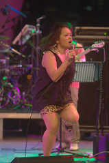it is getting tough on the stage (tomzcafe) Tags: nikon singapore esplanade d90 mosaicmusicfestival soligor13528