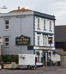 'The Old Pier Tavern' (EZTD) Tags: inglaterra summer england sky pub inn sommer somerset agosto tavern verano angleterre aout ete boozer burnhamonsea westcountry publichouse 2015 eztd eztdphotography eztdphotos theoldpiertavern august2015