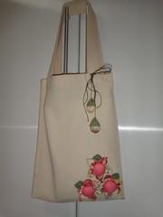 Bolsa com flores de fuxico (Costurinhas da Sueli - Festejando 7 anos) Tags: flores fuxico rosas tecido