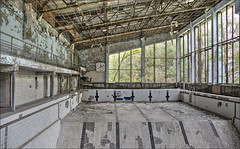 Chernobyl disaster: 30 years later (Bert Kaufmann) Tags: abandoned zwembad nuclear ukraine swimmingpool disaster chernobyl urbex verlaten desolaat pripyat exclusionzone chornobyl urbexing prypyat nucleardisaster tsjernobyl oekrane 30yearslater zoneofalienation chernobylnuclearpowerplant pripjat kernramp   chernobyldisaster kyivoblast krasnoye pripyatswimmingpool chernobylnuclearpowerplantzoneofalienation  zwembadinpripjat