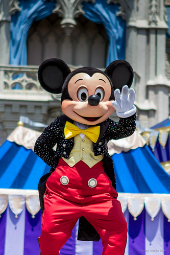 Dream Along With Mickey - On the count of Three!