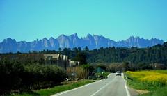 Ciclista, Montserrat, el Bages. (Angela Llop) Tags: bike spain catalonia montserrat bages
