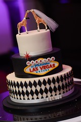 Married in Las Vegas wedding cake