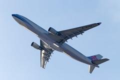 B-18306 China Airlines Airbus A330-302 - cn 675 (Patcard) Tags: japan canon airbus osaka chinaairlines kansai a330 kix 675 2015 a333 a330300  1dx rjbb b18306 a330302 patrickcardinal copyright2015