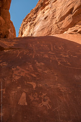 Petroglyphs (Orionid) Tags: statepark park las vegas art valleyoffire fire desert state lasvegas native nevada carving nv valley cave petroglyph indigenous