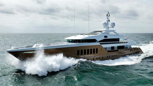 Heesen Yachts Azamanta