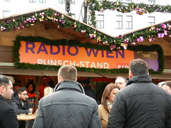 DSCN1055 (Paul Easton) Tags: vienna wien christmas december market gluhwein weinacht