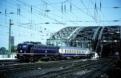 110 155  Kln Hbf  13.05.88 (w. + h. brutzer) Tags: analog train germany deutschland nikon 110 eisenbahn railway zug trains kln db locomotive lokomotive e10 elok eisenbahnen eloks webru