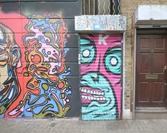 (e_alnak) Tags: streetart london art graffiti mural paint spray urbanart streetartist spraypaint graffito aerosol flop bombing burners throwups grafite artederua sideofabuilding