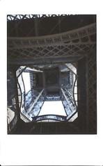 Paris Avril 2015 En bas de la tour E. (byNath) Tags: paris couleurs toureiffel capitale printemps instax instantan fujiinstaxmini90noclassic