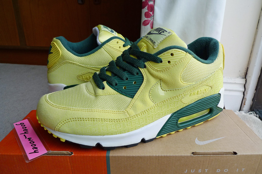 best service af797 5206e Nike Air Max 90 Powerwall Lemon Frost  Lemon Frost - Black Forest (