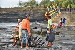Kites Anyone? (Ormastudios) Tags: bali indonesia temple asia hindu tanahlot puratanahlot kitesellersatthebeachofpuratanahlot