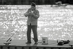Applying Interestingness (Ian Sane) Tags: camera light two man oregon canon river portland lens ian photography eos boat is fishing bokeh mark candid images pole ii 5d usm northeast bait willamette sane ef70200mm f28l kevinjduckworthmemorialdock applyinginterestingness