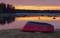 No more ice (STTH64) Tags: sunset red sea sun ice finland evening boat seaside spring melted vaasa vstervik