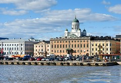 The view from the Suomenlinna ferry after take-off (KaarinaT) Tags: sea sky water clouds finland seaside helsinki cityhall seafront meri kauppatori suurkirkko helsinkicathedral themarketplace