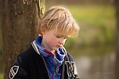 thinking (kim groenendal) Tags: portrait nature canon children amazing moody child outdoor kinderen kind blond stunning childphotography kinderfotografie fotostudiokim4kids kimgroenendal