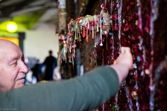 Adding to the Gum Wall-08776 (Gene Trent) Tags: pikeplacemarket gumwall