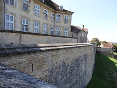 Langres (Cherryl.B) Tags: fortification btiment tourisme muraille hautemarne