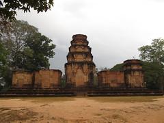 """Angkor: le temple Prasat Kravan, fait de briques <a style=""""margin-left:10px; font-size:0.8em;"""" href=""""http://www.flickr.com/photos/127723101@N04/24213387111/"""" target=""""_blank"""">@flickr</a>"""