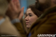 Listening To The Candidates (Greenpeace USA 2015) Tags: usa democracy newhampshire exeter vote republican democrat keepitintheground