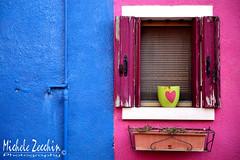 Burano - Venezia - 04 (Michele Zecchin) Tags: blue venice windows italy color verde green window colors italia colore heart blu fuchsia finestra vase michele venezia colori fucsia cuore vaso burano finestre veneto zecchin tamron2470 nikond750