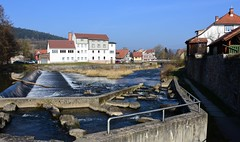 Werra river with weir and ´fish steps´. - Townwall. (:Linda:) Tags: bridge river germany town thuringia step handrail halftimbered weir townwall werra themar fischtreppe werravalley