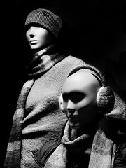 A somewhat artificial winter time (Paco CT) Tags: barcelona winter mannequin clothing spain thing object clothes dummy esp ropa cosa vestido objeto maniqui earmuff terrassa 2016 pacoct mannequindummy