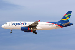 Spirit Airlines | Airbus A320-200 | N613NK | Las Vegas McCarran (Dennis HKG) Tags: las plane canon airplane airport lasvegas spirit aircraft 7d airbus klas a320 nk planespotting spiritairlines airbusa320 100400 nks n613nk