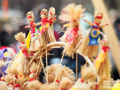 Maslenitsa Toys (idlhero) Tags: festival russia traditional maslenitsa minoltamd50mmf17 olympusepl3