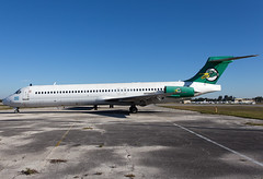 N599SH (ChrischMue) Tags: airport miami douglas opa untitled lineas mcdonnell kopf opf aereas md87 leal dc987 locka n599sh
