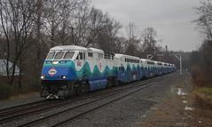 VRE Sounder train at Clifton (Michael Karlik) Tags: railroad train virginia railway transit sound commuter express passenger sounder vre f59phi