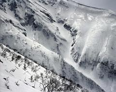 Shining ridges (threepinner) Tags: ski japan spring hokkaido skiing negative   biei fujica hokkaidou  selfdeveloped iso160 northernjapan  mountainsnaps gf670  mtoputateshike  taisetsunationalpark