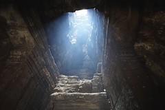 Light leak (picturesfrommars) Tags: cambodia kambodscha siem reap pro f2 12mm angkor wat walimex sww uww samyang rokinon a6000