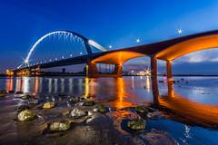 De Oversteek Nimwegen (jwfoto1973) Tags: longexposure bridge light holland reflection nijmegen de lights licht nikon netherland bluehour brcke spiegelung niederlande langzeitbelichtung niederrhein blauestunde nimwegen oversteek d7100 waalbrcke johannesweyers