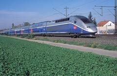 4726  Tamm  12.10.15 (w. + h. brutzer) Tags: france analog train nikon frankreich eisenbahn railway zug trains tgv sncf tamm 4700 eisenbahnen triebzug triebzge webru