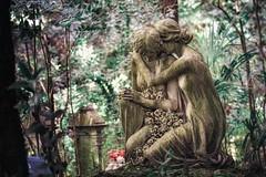 Misery loves company (Andy Schwetz - I LOVE DECAY) Tags: friedhof cemetery grave graveyard dark mood decay fineart genova forgotten urbanexploration urbex staglieno lostplace darkhistory sigma70200mm28 ilovedecay canon5dmkii andyschwetz