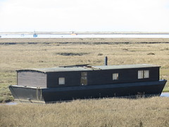 Norfolk (marg.canel) Tags: beach norfolk houseboat