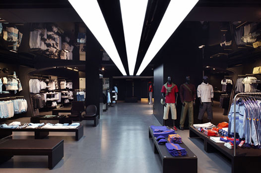 Adidas giảm giá sốc chưa từng có lên đến 50%!!!
