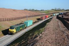 90016 Stone Road 19/04/2016 (Brad Joyce 37) Tags: train locomotive freight flyover liner freightliner class90 stoneroad 90016 nortonbridge 4m88