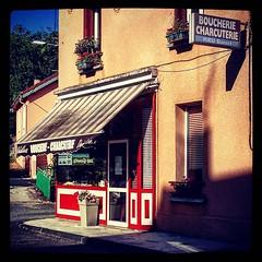 boucherie #charcuterie #avecmonnom #butcher #withmyname #France... (danielrieu) Tags: france daniel butcher 48 loz charcuterie boucherie rieu uploaded:by=flickstagram instagram:photo=1045055845493286449186911192 avecmonnom withmyname