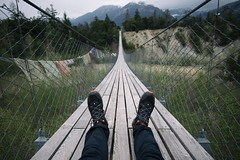 sit-in @ Bhutan Bridge . Pfyn-Finges Nature Park (VS) (Toni_V) Tags: bridge alps me schweiz switzerland europe dof suisse bokeh perspective rangefinder mp alpen svizzera suspensionbridge wallis valais 21mm hngebrcke 2016 mammut svizra leicam pfynwald illgraben digitalrangefinder messsucher 160416 superelmarm type240 typ240 bhutanbrcke bhutanbridge toniv m2404356 naturparkpfynfinges