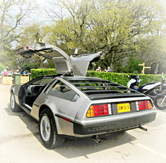 DeLorean DMC 12  * (John(cardwellpix)) Tags: uk corner sunday surrey april 12 guildford delorean 24th newlands dmc albury 2016 merrow
