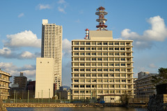 / Hiroshima (yiming1218) Tags: sunset sky cloud japan architecture zeiss japanese 50mm sony hiroshima  f2 50    carlzeiss a7ii  loxia emount  a7m2 ilce7m2