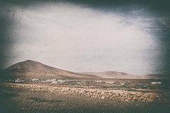 Old Feurteventura (MacBeales) Tags: mountains canon eos 350d islands spain sand desert canary feurteventura
